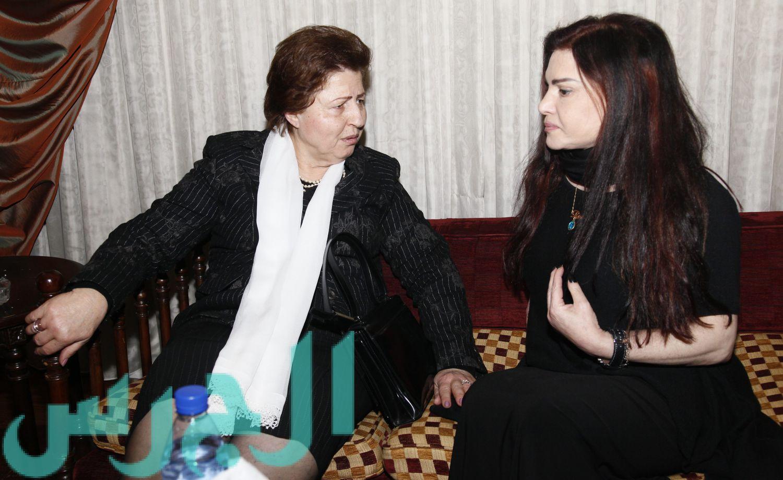 والدة منى أبو حمزة ونضال الأحمدية