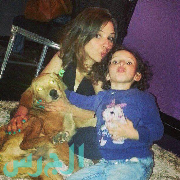 إيمان العاصي وابنتها ريتاج (12)