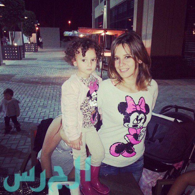 إيمان العاصي وابنتها ريتاج (20)