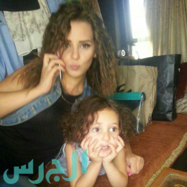 إيمان العاصي وابنتها ريتاج (7)