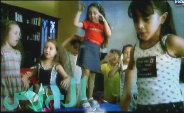 بالصورة: هكذا أصبح أطفال أغنية (بابا فين) بعد 10 سنوات