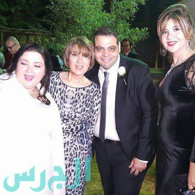 بالصور: ابنة نور الشريف فقدت وزنها الزائد وهكذا بدت في زفافها