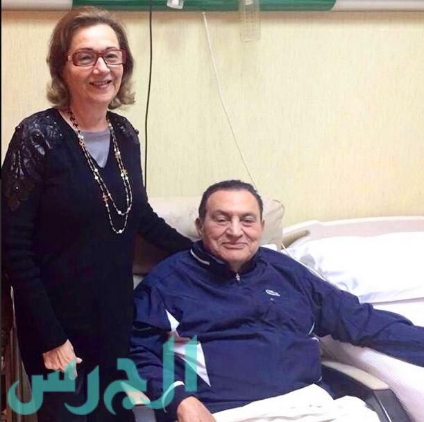 محمد حسني مبارك وزوجته