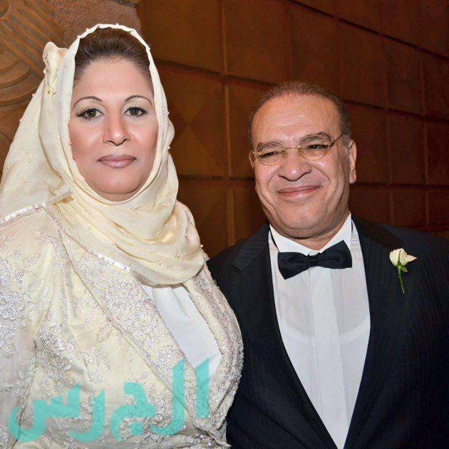 صلاح عبد الله وزوجته