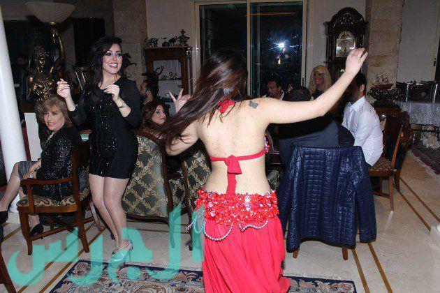 الراقصة-وسارة-الهاني