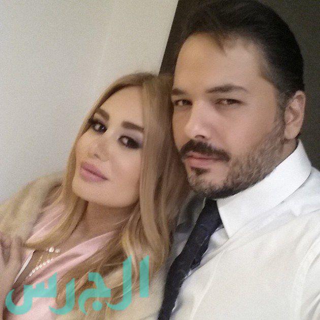 رامي عياش وزوجته (1)