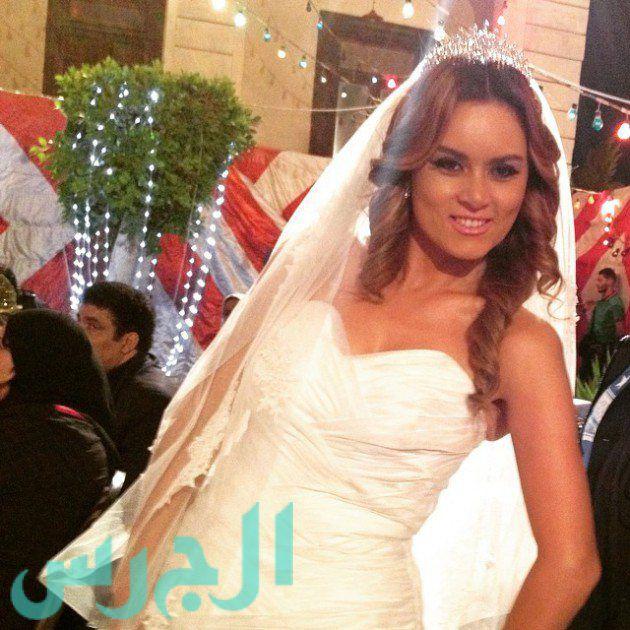 بالصور: رشا مهدي عروس!