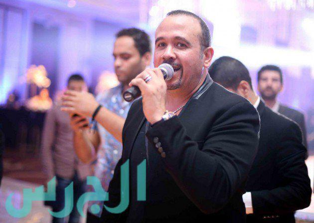 الفنان هشام عباس