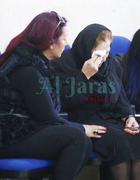 والدة زياد برجي تبكي ابنها الراحل