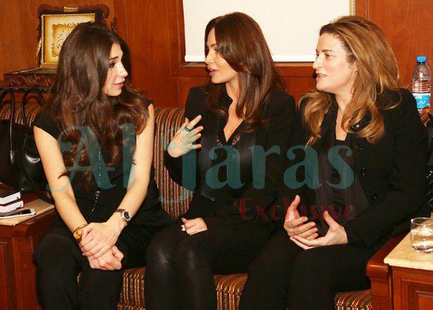 جيهان راغب علامة مع سلفتها تتقبلان التعازي من ديما صادق وتشرح عن الأيام الأخيرة للفقيدة