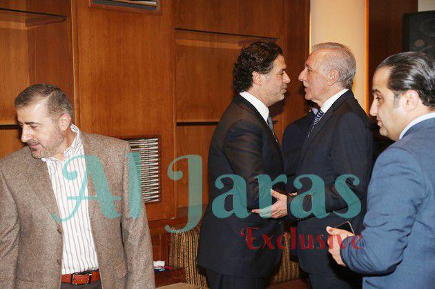 وزير الأشغال غازي زعيتر معزياً