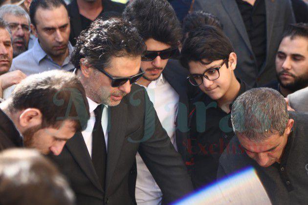راغب وإلى جانبه ابنيه خالد ولؤي