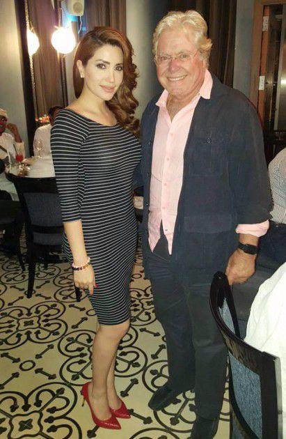 نسرين مع الممثل القدير حسين فهمي قبل عمليات تغيير شكل جسدها