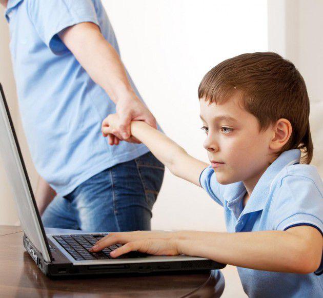 الأطفال الأكثر عرضة لمخاطر الإدمان