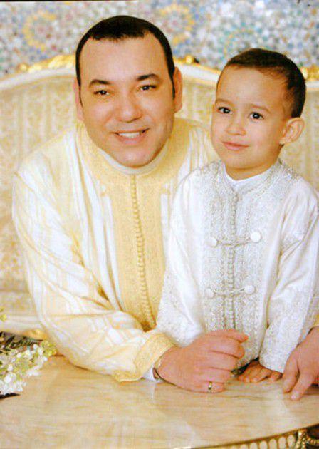 الملك محمد السادس وابنه