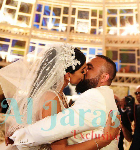 قبلة الموافقة على أن يكونا زوجيْن