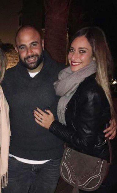 الممثلة المصرية أمينة خليل وخطيبها كريم
