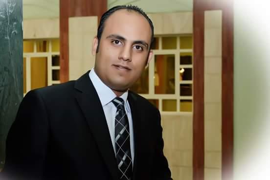الأستاذ علي عبد الرحمن