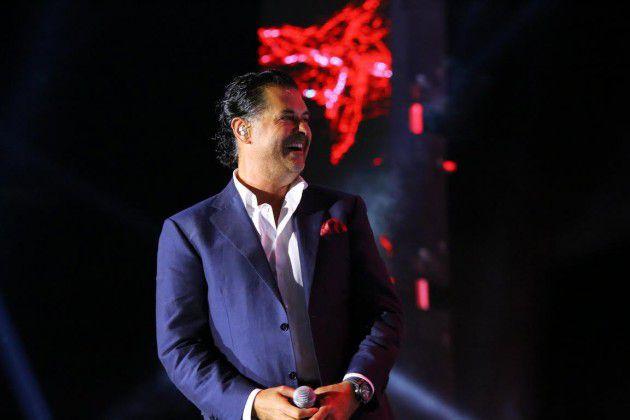 راغب علامة يضحك من قلبه مع جمهوره