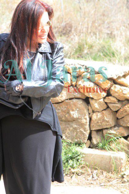 الزميلة رئيسة التحرير في عزاء والدتها الراحلة-السيدة منوى الأحمدية