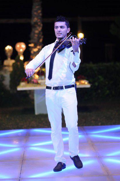 عازف الكمان الموهوب أندريه سويد