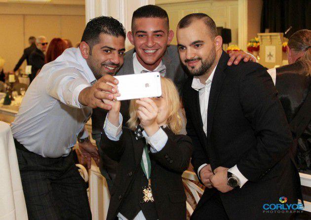 سلفي شاكر خزعل والزميل روني مطر مع Christian Ganieh والأستاذ محمد الشولي