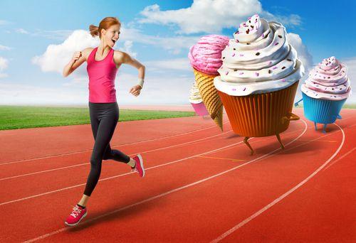 الإبتعاد عن المأكولات السريعة واختبار طعام صحية
