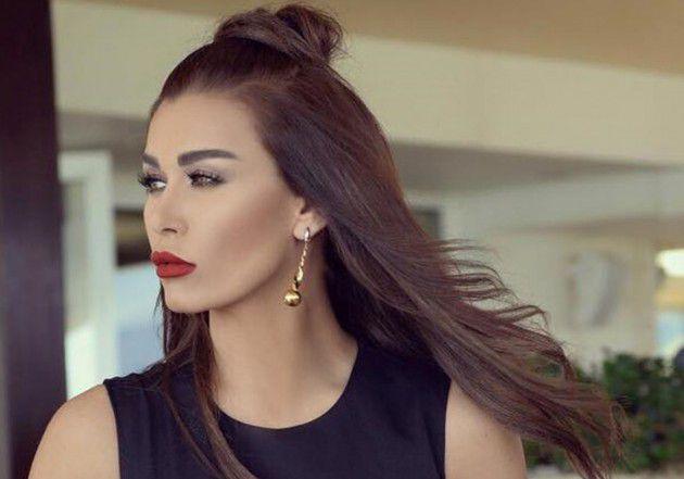 النجمة اللبنانية نادين الراسي
