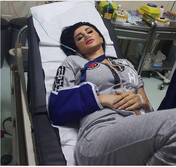 جيني أسبر في المستشفى