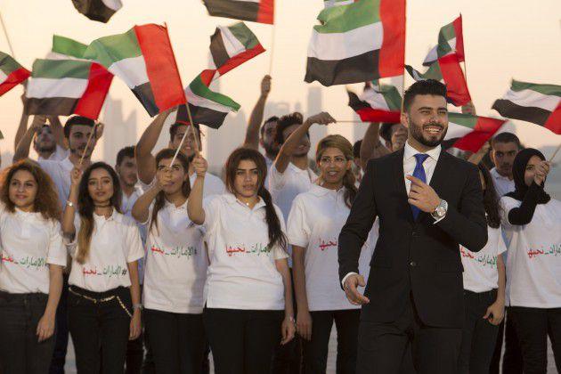 أكد الفنان العراقي الشاب أن أوبريت (الإمارات نحبها) يحمل في كلماته التي قدمها الشاعر العراقي مأمون النطاح معاني هامه وكبيرة للإماراتيين